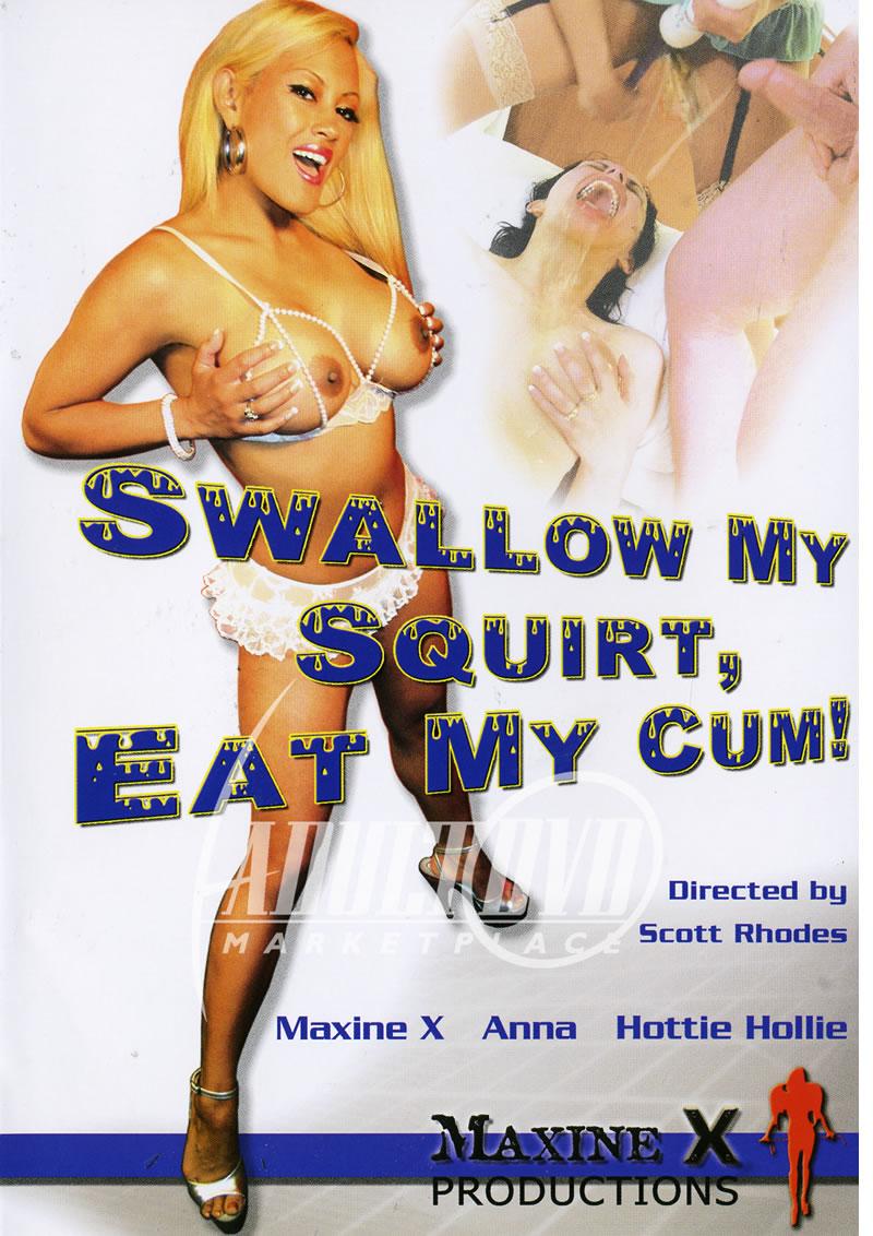 Women sexing each other